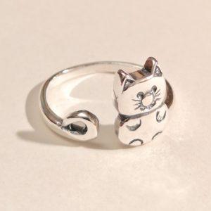 Anello regolabile in argento 925 a forma di gattino seduto