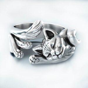 Anello argento regolabile gattino sdraiato