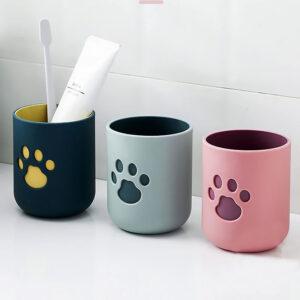 Bicchiere portaspazzolino con zampetta di gatto