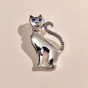 Ciondolo in argento 925 a forma di gatto con occhi blu, fronte