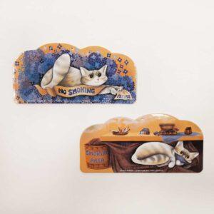 Decorazioni Gatteria di Evelyne Nicod con gatti no smoking area