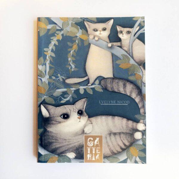 Quadernino della Gatteria con gatti su un albero
