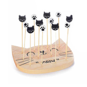 Set da aperitivo in legno a forma di musetto di gatto